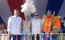 Desborde de colorido y entusiasmo en el Desfile Nacional de Carnaval